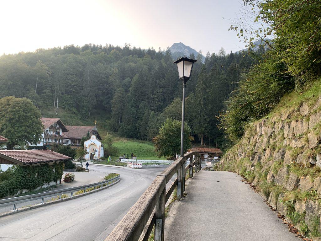 Prawie na wejściu do doliny Höllentalklamm