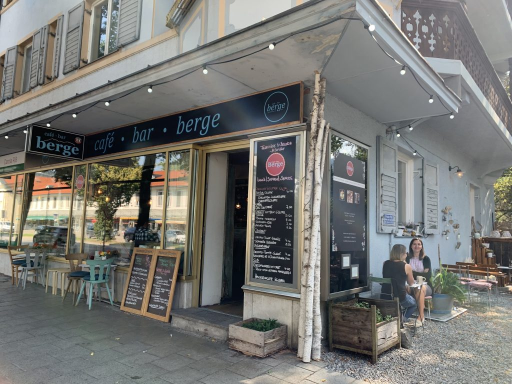 Garmisch-Partenkirchen - Nawet kawy po górskiemu trzeba się napić!
