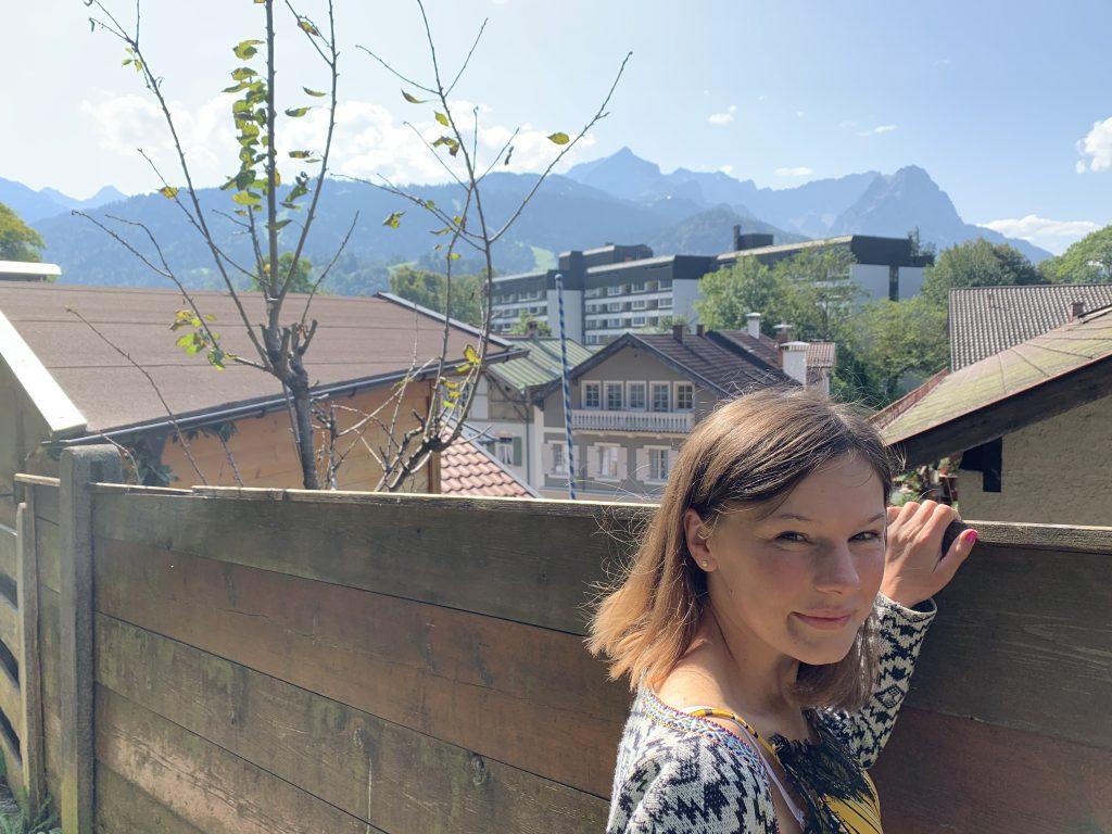 Garmisch-Partenkirchen - Ścieżka ponad głównym deptakiem